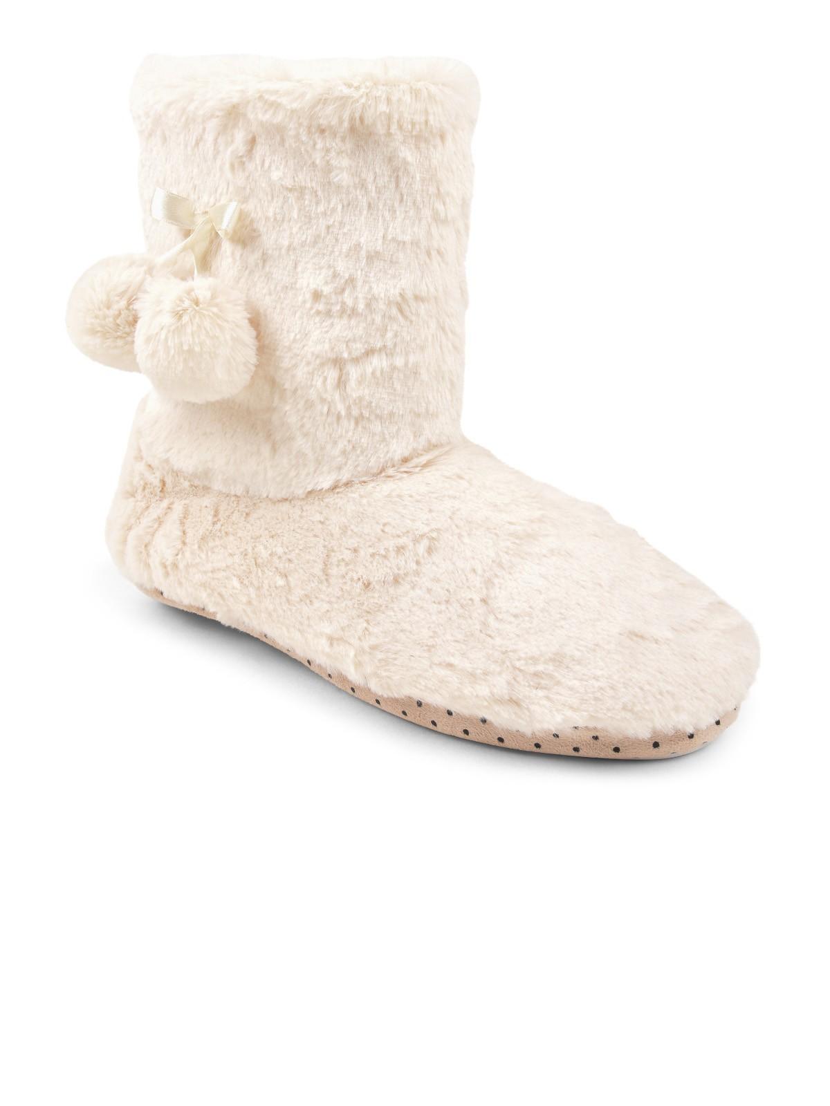 b7e515bf5f4a43 Pantoufles bottes blanches Femme - DistriCenter