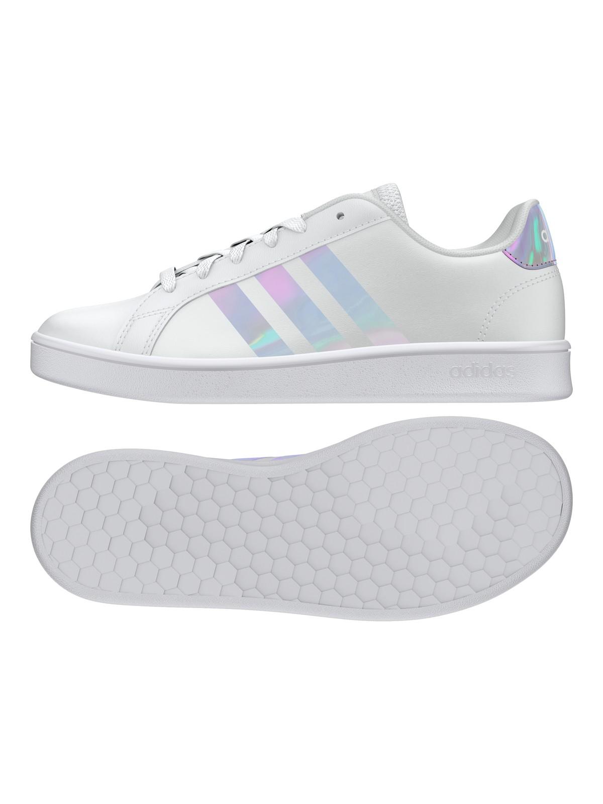 Tennis adidas femme blanches (36-39) - DistriCenter